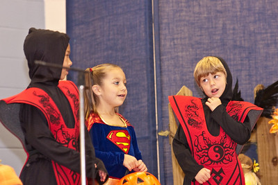 First Grade Halloween Play-0961