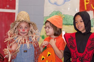 First Grade Halloween Play-0976