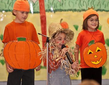 First Grade Halloween Play-0971