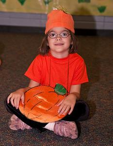 First Grade Halloween Play-0949