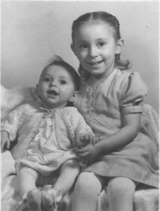 Theda & Zoann Lambright - circa 1948