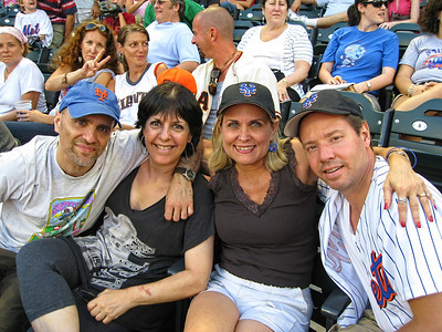 A family of Mets fans...It aint easy rooting for this team every year but looking forward to 2010.