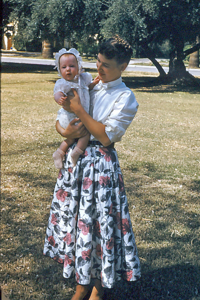 Cherry Balyeat holding daughter, Laurie