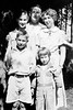 1933 Herbert, Laura, Maria, King & Cherry Brady visiting at Dickenson, ND