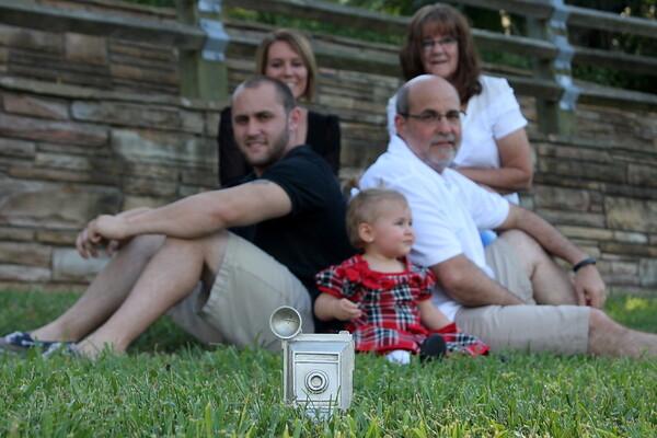 Ferrantino Family 101014