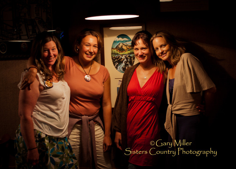 Post Sisters Folk Festival 2011 gathering of Roberts clan and friends at the Deschutes Brewery, Bend , OR Photo by Gary N. Miller - Sisters Country Photography