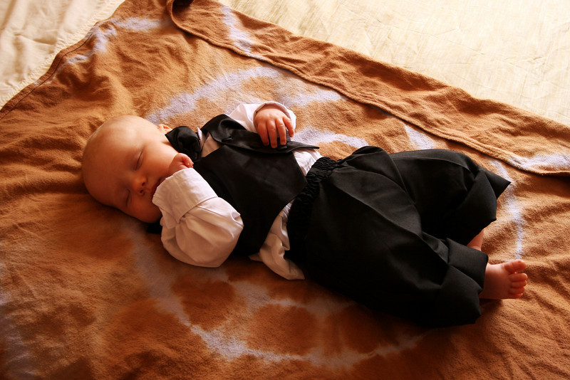 <b>19 Dec 2010</b> Finn - all tuckered out after getting dressed
