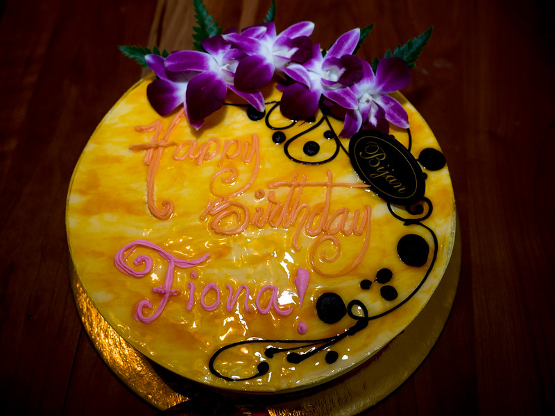Mango Birthday Cake (Fiona loves mango)