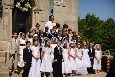 Mary's first communion - 19-May-2012 Filename: TOP_2294