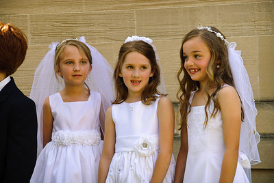 Mary's first communion - 19-May-2012 Filename: TOP_2342