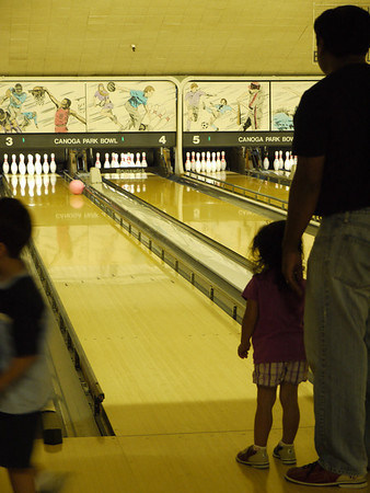 First time Bowlers (Sheridan, Gwen & Dad)