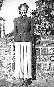 Dorothy Fleischman - Circa 1943