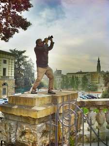Pigeon hunting in Florence, Italy