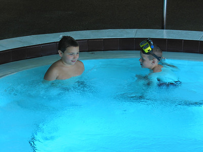 Tortuga Pool 03 30 02  012