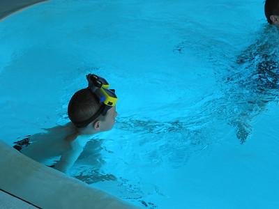 Tortuga Pool 03 30 02  006