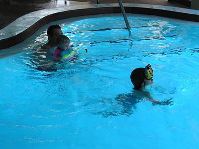 Tortuga Pool 03 30 02  011