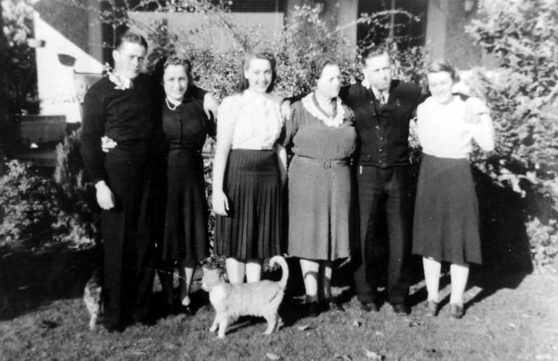 Bill Lucas, Nell Forster, Bettyann, Elinor, James Sr, Muriel