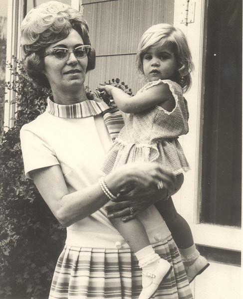 1971-xx_Monnie-Michelle