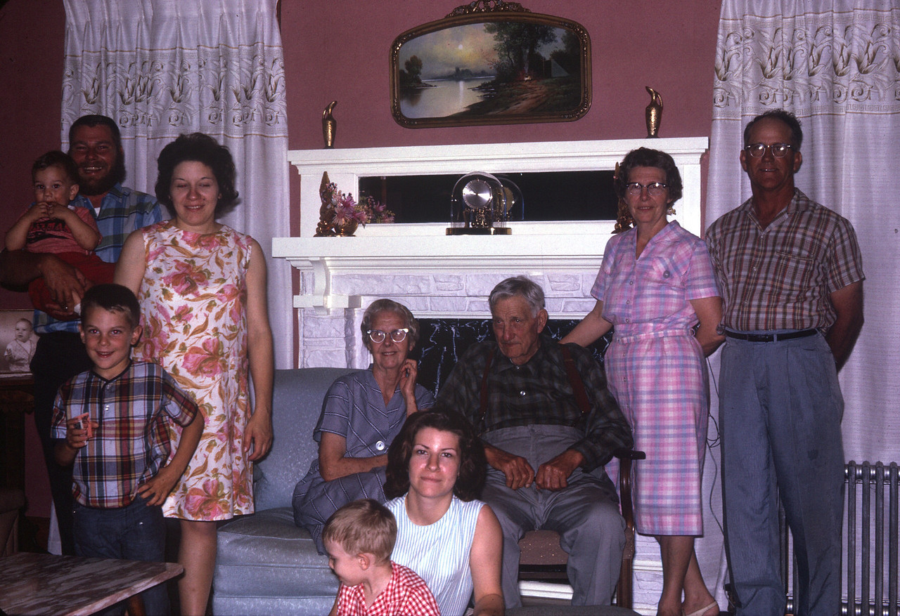 Uncle Leo's family in 1965