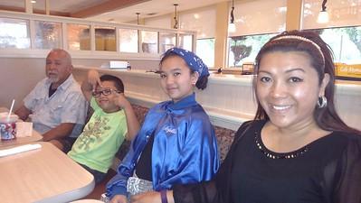 2016-06-04 Family Dinner during Erles Visit