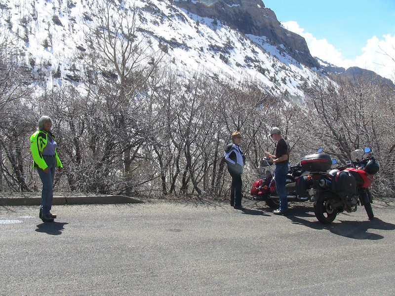 Clear skies to see the peaks in Lamoille Canyon