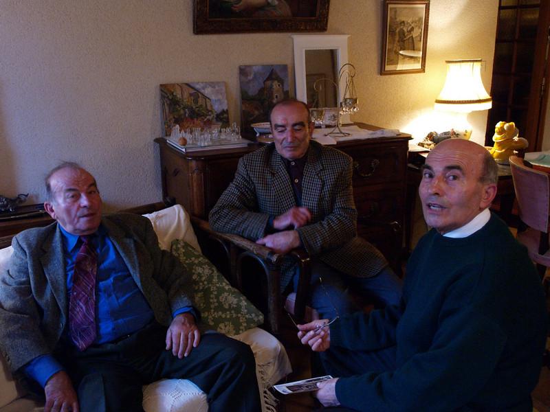 Los tres hermanos juntos Raymond, Robert y Guy