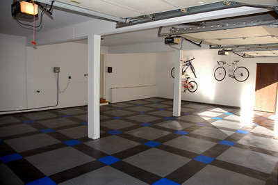 Race Deck flooring