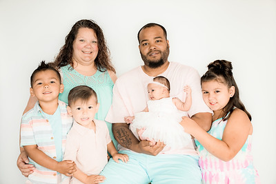 00001--©ADHPhotography2019--GARCIA--Newborn--FAMILY--May31