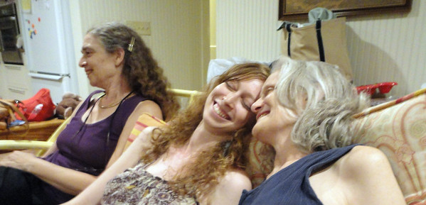 Emerie and Esther chuckling over one of Joan's witticisms ...