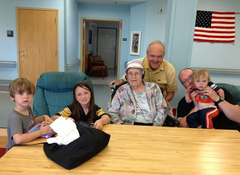 June 28, 2014 - (Missouri Veteran's Home / Bellefontaine Neighbors, Saint Louis County, Missouri) -- Owen, Katherine, Vera, David, Andrew & Benjamine