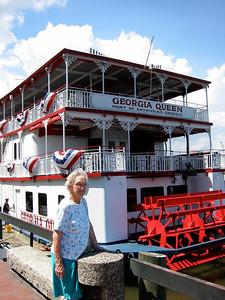 April 14, 2002 - (Georgia Queen / Savannah, Chatham County, Georgia) -- Vera