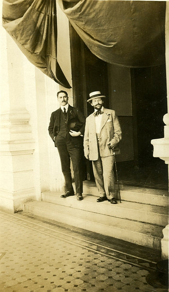 G.D. Papageorge on the right