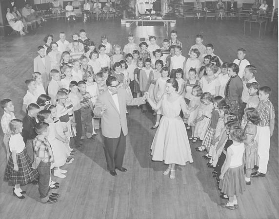 Bill&Sonny dance class-2