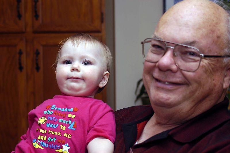 20040826_7707_Grandpa and Claire