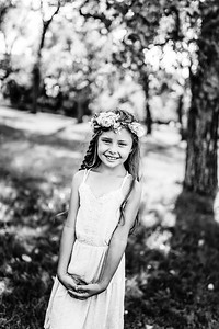 00003--©ADHPhotography2020--AliciaGibson--Family--July19bw