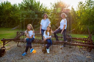 Gina Family Pics 2018-34