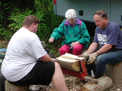 Gold Bar Wood Splitting - Memorial Day 2007
