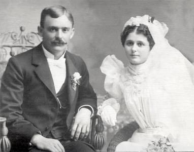 Gus and Clara Bender