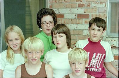 Betsy, Patrick, Mary Clare, Kathy, Andrew and John Kane, Garland, Texas, July 1974