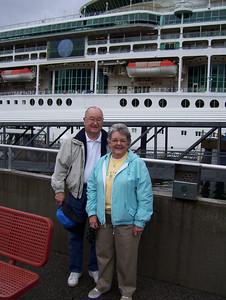 Alaska Cruise (27 Aug 2008). (Image taken with KODAK EASYSHARE C653 ZOOM DIGITAL CAMERA at ISO 80, f2.7, 1/320 sec and 6mm)