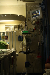 RJ's hospital room, 6-1-09, notice that almost all monitors are OFF, meaning less things are being monitored.  Univ of Minn-Fairview.