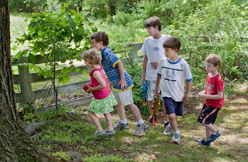Chloe, Eli, Noah, Sam and friend -- watching snake at farm, 5-23-09.