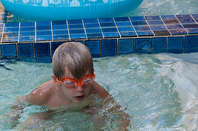 Ready to go under the water again. (Photo by Farmor)
