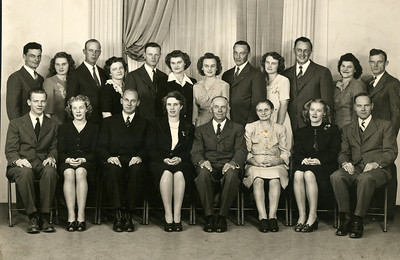 Pott Family with spouses 1946