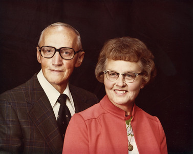 Grandpa (Herman) and Grandma (Kathryn) Rozema 1977. Grandpa died in 1978, this is the last photo of them together.