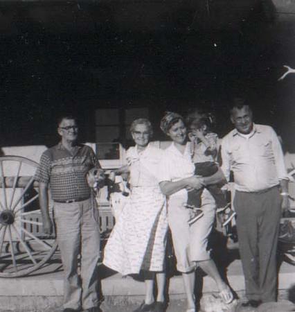 dick & family at grand canyon 1