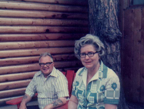 dick & mary cabin & tree