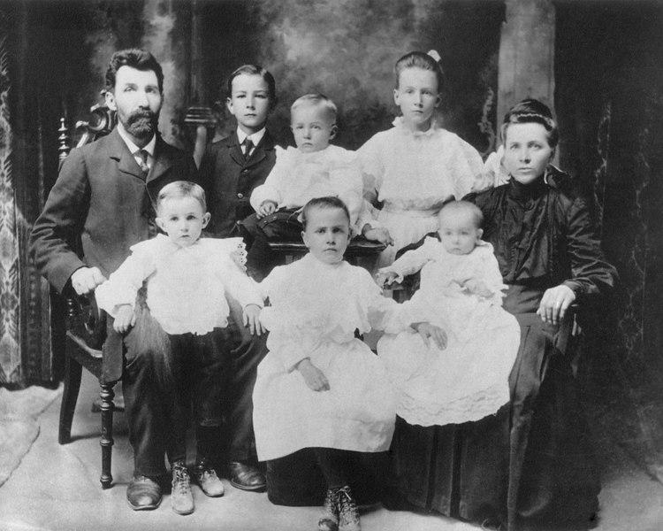 Grandparents, Aunts, Uncles & Cousins