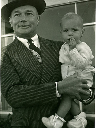 1952 Geoff and Grandpa Graue