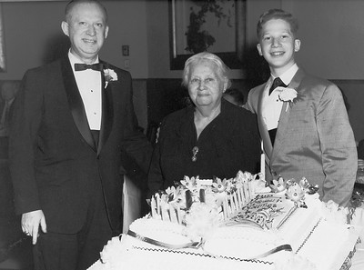 Murry Greenfield, Ida Greenfield and Steven Greenfield